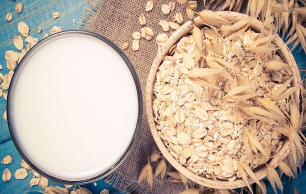How to make the perfect Aldi Oat Milk www.indianmemoir.com